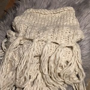 Infinity Scarf Super Chunky Knit With Fringe Ivory
